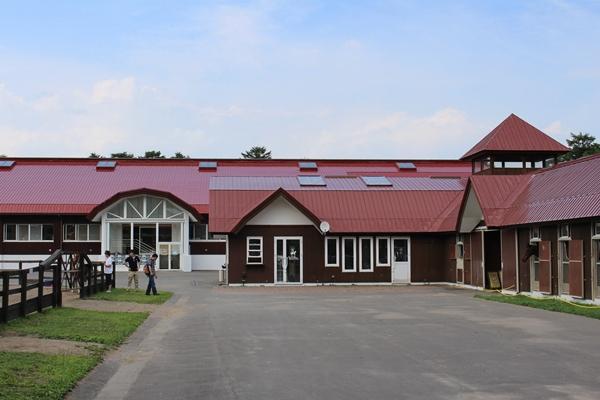 ノーザンホースパーク 厩舎